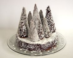 Chocolate-brown Christmas tree forest – AnneSo Fashion Cooking – Famous Last Words Christmas Goodies, Christmas Desserts, Christmas Treats, Christmas Cooking, Noel Christmas, Christmas Tree Forest, Christmas Truffles, Yule Log, Xmas Food