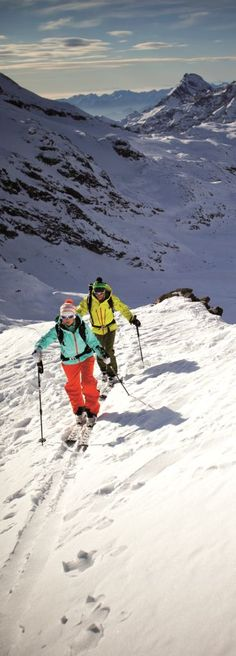 Hike it up, ski it down - SCOTT Outdoor - Takes you there and keeps you going