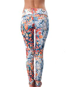 It can be spring all year round with the Jala Clothing SUP leggings. These pants are made to revolutionize the way you wear your active clothes. Made from eco-friendly, non see-through, lightweight, U