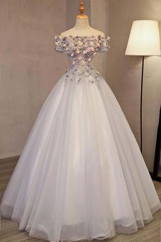 Chic / Beautiful Silver Prom Dresses 2017 Ball Gown Off-The-Shoulder Short Sleeve Appliques Flower Beading Rhinestone Floor-Length / Long Backless Formal Dresses - No Interest Credit Cards - Ideas of No Interest Credit Cards - Prom Dresses 2017, Long Prom Gowns, A Line Prom Dresses, Formal Dresses, Long Dresses, Maxi Dresses, Wedding Dresses, Short Prom, Quinceanera Dresses