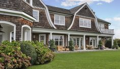 Jennifer Lopez compra una casa en Los Hamptons