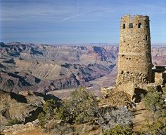 Grand Canyon National Park, I went up in the tower, awesome! #World heritage Grand Canyon Hiking, Grand Canyon National Park, National Parks, Colorado Plateau, Park Service, Day Hike, Beautiful Landscapes, Monument Valley, Places To Go