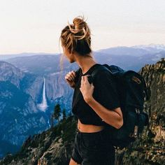 photos of nature Trendy travel girl style wanderlust 19 ideas Trendy Travel Girl Style Fernweh 19 Ideen Foto Top, Poses Photo, Photo Shoots, Foto Instagram, Instagram Travel, Instagram Feed, Camping Outfits, Hiking Outfits, Vacation Outfits