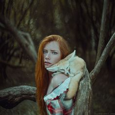 Ukrainian photographerAnita Anti who is currently based in New York takes majestic and fairytale like portrait photographs of women and animals together i