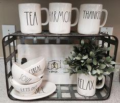 Rae Dunn Display Ideas To Make Beautiful Decor In Your Home 2108 Mug Display, Kitchen Display, Kitchen Decor, Display Ideas, Kitchen Ideas, Coffee Display, Kitchen Updates, Updated Kitchen, Kitchen Inspiration