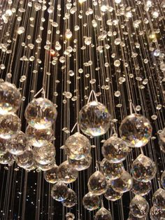 New Years Eve 2019 : Crystals wallpaper glitter New Year's Eve 2019 : Crystals - Quotes Boxes Wallpaper Natal, New Year Wallpaper, New Year's Eve 2019, Hanging Crystals, Chandelier Crystals, Crystal Chandeliers, Crystal Drop, Glass Crystal, Crystal Beads