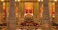 Festival of Lights Diwali Celebrated at BAPS Shri Swaminarayan Mandir in Lilburn, Georgia - Atlanta Dunia - Luang Prabang, Hindu Temple, Festival Lights, Natural Cleaning Products, Diwali, Cool Places To Visit, Atlanta, Lilburn Georgia, Celebrities
