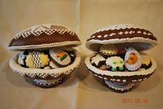 Veľkonočné | Perníky Easter Cookies, Pain, Food Art, Easter Eggs, Gingerbread, 3 D, Muffin, Cakes, Breakfast