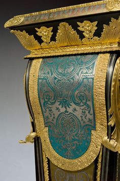 Detail of a Boulle pedestal, attributed to Etienne Levasseur. Period Louis XIV. Most unusual to find the tortoisehell in blue.