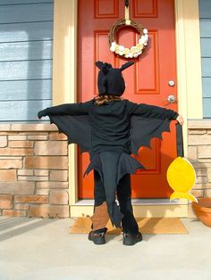 pictures of homemade toothless the dragon halloween costumes   So happy.: Hiccup, a Night Fury, and a Terrible Terror.