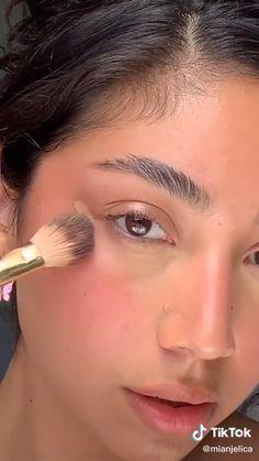 Edgy Makeup, Makeup Eye Looks, Eye Makeup Art, Dramatic Makeup, Pink Makeup, Girls Makeup, Colorful Makeup, Hair Makeup, Dewy Skin Makeup