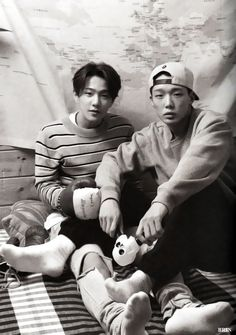 """[SCANS] iKON 2016 Season's Greetings - KONY'S ISLAND - DONGHYUK and BOBBY SOURCE: BRIN Please do not remove logo or edit. """
