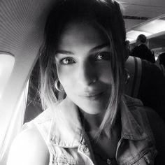 #CristinaChiabotto Cristina Chiabotto: Volare...verso i mille colori di Napoli✈️e di un GIORNO SPECIALE... #prossimafermata #wedding #friends #Vale& #Ludo #stoarrivando #cisono #loveU