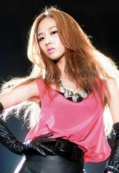SNSD (Girls' Generation) - Yuri