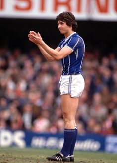 Leicester City striker Gary Lineker in Football Fever, Retro Football, World Football, Football Shirts, Football Players, Leicester City Football, Leicester City Fc, Premier League, Soccer Pictures