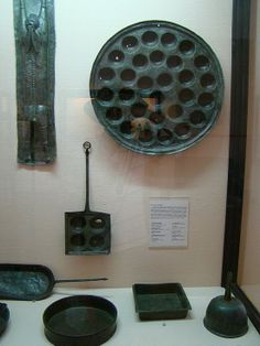 Pompeii finds: cookware. For cooking.That cooks use to cook with. (I added that last bit myself ;)