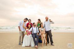 Casamento ao amanhecer na praia da Lia e do Felipe