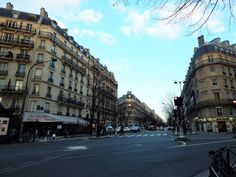 >paris travel guide<