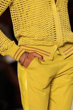Akris at Paris Fashion Week Spring 2012 - Details Runway Photos Mellow Yellow, Orange Yellow, Mustard Yellow, Yellow Fever, Colour Yellow, Bright Yellow, Yellow Orchid, Yellow Fashion, Shades Of Yellow