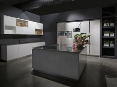 Kitchen with island FLY by RIFRA