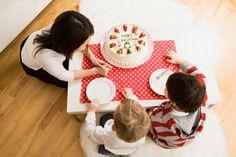 Japanese holiday traditions: Christmas cake!