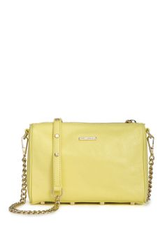 perfect yellow clutch for summer