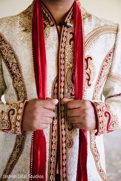 View photo on Maharani Weddings http://www.maharaniweddings.com/gallery/photo/40177