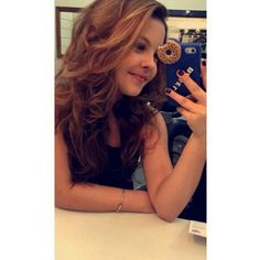 ❤ Julia Gomes, Long Hair Styles, Beauty, Girls, Fashion, Female Actresses, Singers, Celebs, Toddler Girls