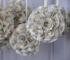 Love this idea for wedding flower decorations, but I don't know if I would be able to go through with the dismembering of so many books. :|