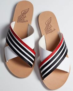 Let's get nautical ⛴🛥⛵️⚓️🛳#ancientgreeksandals @saks @barneysny @netaporter @lebonmarcherivegauche @larinascente @shopbop @mytheresa.com @matchesfashion @theofficialselfridges @harveynichols @bergdorfs Leather Slippers For Men, Mens Slippers, Nautical Shoes, Shoe Cobbler, Slipper Sandals, Ancient Greek Sandals, Mens Fashion Shoes, Leather Sandals, Friends