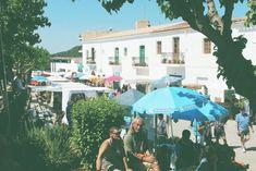 Sundaymarket in San Joan | Daarna door naar Benirràs voor het trommelconcert op het strand