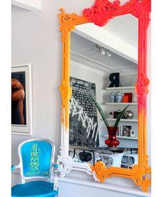 espelho neon pixado