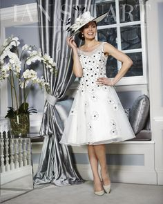 Portofino High Summer Collection Limited stock pieces, not available for re-orders. Mother Of The Bride Fashion, Mother Of The Bride Gown, Lovely Dresses, Beautiful Outfits, Vintage Dresses, Beautiful Clothes, Beautiful Ladies, Bride Groom Dress, Bride Dresses