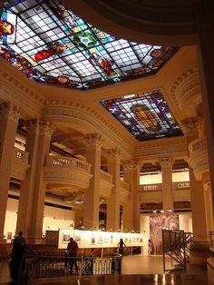 Interior do Santander Cultural, Centro Histórico - Porto Alegre, RS, Brasil