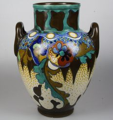 Large Zuid-Holland Gouda vase in pattern Corona.
