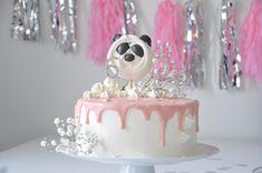 Panda-synttärit    Panda party Panda Party, Cake, Desserts, Food, Tailgate Desserts, Deserts, Kuchen, Essen, Postres