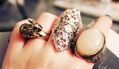 Silver Cool Rings - Rhinestone: 50 pieces of rings that women ...