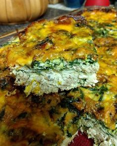 Because delicious that is nutritious is the best kind of delicious!  Denise Schuler's #Breakfast or Breakfast for #Dinner Casserole:  1 1/2 lbs of ground chicken (1/2 spicy Italian 1/2 plain)  5 cups of raw #spinach 2 cups colored cherry tomatoes 2 1/2 cups mushrooms 1 lg carton of egg whites 6 large eggs 1/2 cup of water Everything Bagel seasoning 1 cup of fresh grated Colby Jack #cheese 1/2 medium onion  Preheat oven to 350 Spray a 9  13 pan with/olive oil Add ground chicken sausage onion…