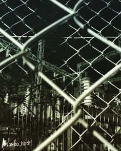 目が覚めてしまったなり #夜の変電所 #厳重警備 #フェンス何重にも #内側のフェンスの上には針がいっぱい #絶対に入ってはいけません#格好いいものはいつだって鉄で出来ている #格好いいものはシルエットも素敵 #夜中にこっそりup #midnight #transformer_substation #フェンス越しシリーズ #pototooftheday#webstagram#love#tbt#l4l#instagood#iron#still#still_tower#nature#ocean#art#design#composition by noriko_hb
