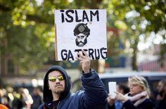 Demonstranten van Pegida voeren actie tegen de komst van vluchtelingen die moslim zijn - Martijn Beekman / ANP