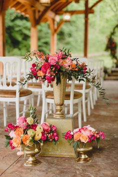 Captured beautifully by JoPhoto , today's Tennessee fete comes to us with color, color, and more color! Yes, it's a color explosi. Floral Wedding, Wedding Colors, Wedding Bouquets, Wedding Flowers, Boquette Wedding, Wedding Ideas, Wedding Ceremony, Romantic Wedding Receptions, Mountain Style