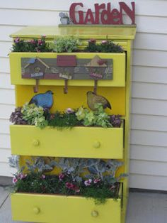 Patti's Creations: Recycle, Reuse, Repurpose a Dresser as a Planter