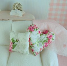 Dollhouse Accessory - Shabby Chic Rose Heart Accent Pillow Set