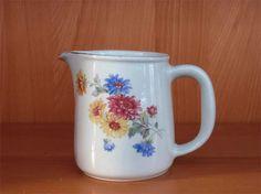 Arabia Serveware, Tableware, Kettles, Marimekko, Finland, Retro Vintage, Stuff To Do, Pots, Ceramics