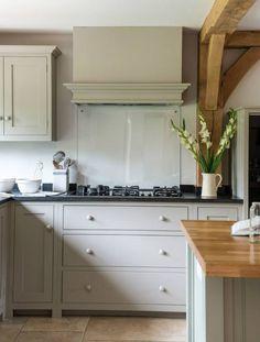 Wimbledon Farmhouse - Border Oak - oak framed houses, oak framed garages and structures. Kitchen On A Budget, Open Plan Kitchen, Kitchen Dining, Kitchen Decor, Kitchen Cabinets, Kitchen Ideas, Kitchen Inspiration, Kitchen Backsplash, Kitchen Vent