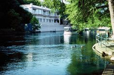 San Marcos Springs Texas many many memories Texas Tourism, Places Ive Been, Places To Visit, Spring Texas, Glass Bottom Boat, Grand Prairie, Boat Tours, West Virginia, Beautiful Places