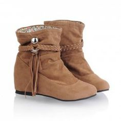 $14.92 Casual Women's Short Boots With Solid Color Pleated Tassels and Rivet Design