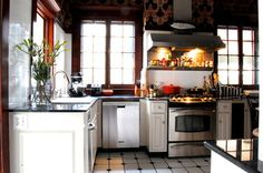 My Houzz: Early 1900s Home blends Traditional Design with Comfort and Style - traditional - kitchen - birmingham - by Corynne Pless