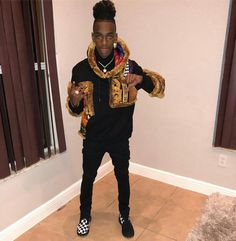 Prayers for are men he gone pass this coronavirus shit, you'll see.Share this pin and spread love for Melly! Fine Boys, Fine Men, Swag Outfits For Girls, Girl Outfits, Cute Celebrities, Celebs, Lowkey Rapper, Famous Youtubers, Jamel