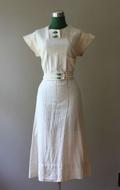 1930s linen day dress.  Love this!